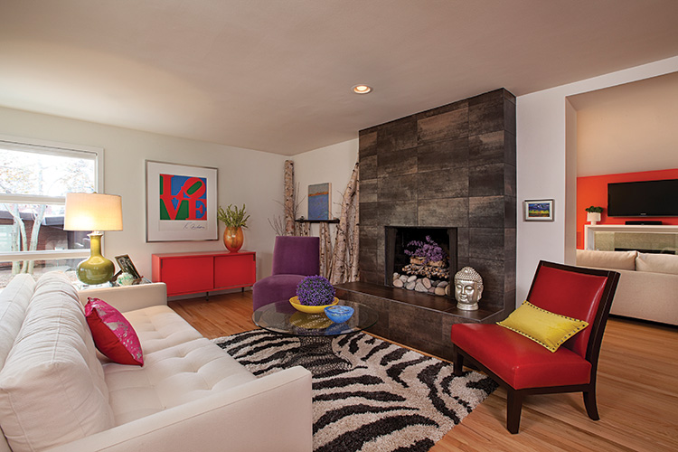 Bright On - Living Room