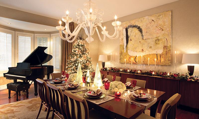 Deck the Halls - Dining Room